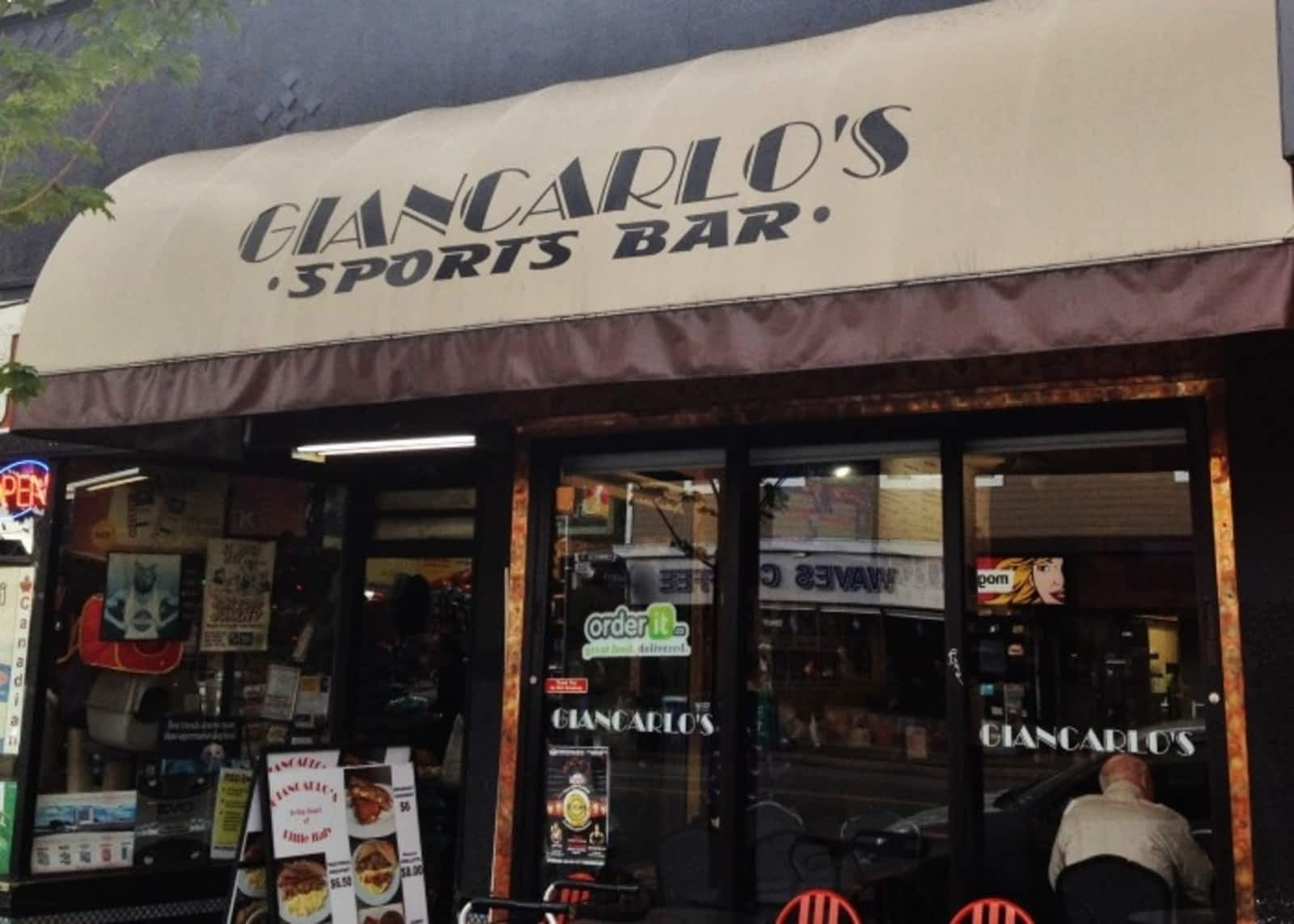 Giancarlo's Sports Bar